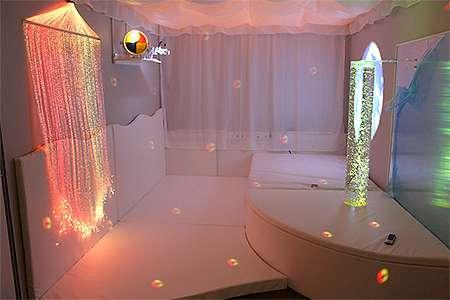 Snoezelen-Raumplanung: Lichteffekte
