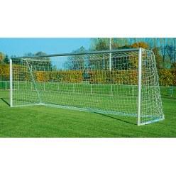But de football 7,32x2,44 m, entièrement soudé, modèle conforme aux directives de l'ASF